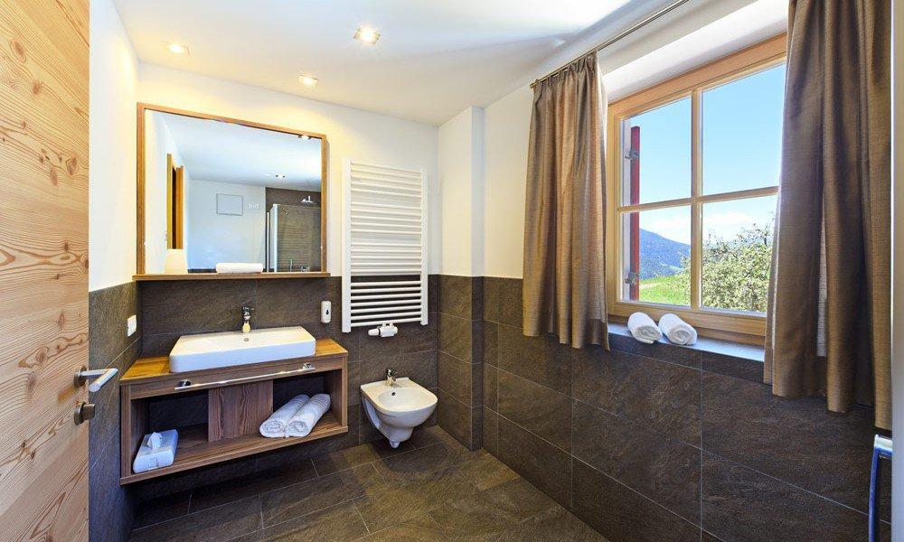hotelzimmer-suite-bad