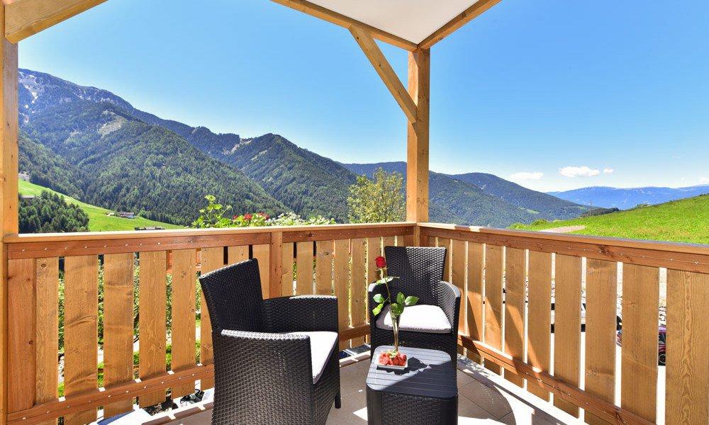 hotelzimmer-suite-balkon